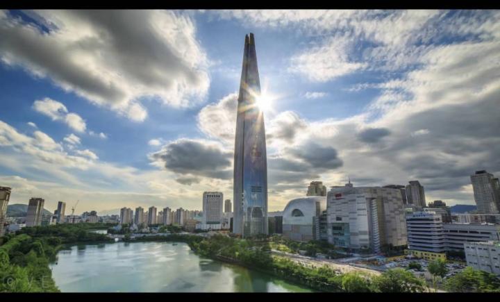 Lotte Dünya Kulesi (LWT)